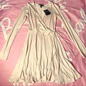 ◆◇FOREVER21 WRAP DRESS◇◆NWT